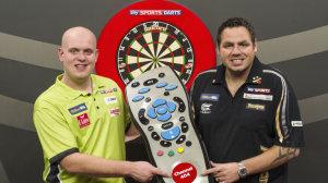 sky-sports-darts-michael-van-gerwen-adrian-lewis_3228232